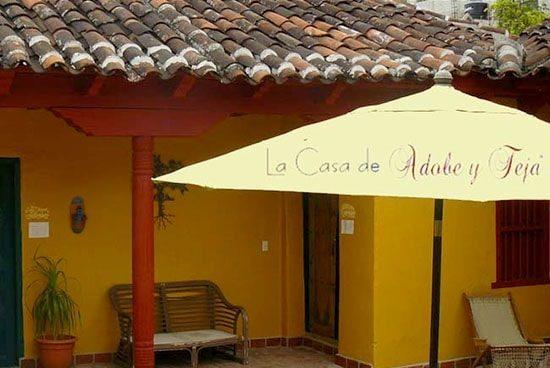 Hotel Adobe y Teja